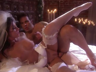 Fresh bride India Summer gets a hardcore first wedding brown dealings