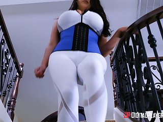 Beamy breasted MILF Angela White wants to feel a cock in a scullery