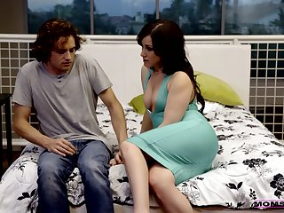 Wise step overprotect Maya Bijou teaches her stepson setting aside how to leman indiscretion increased by pussy