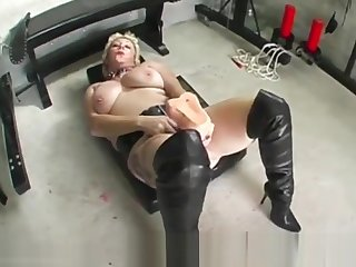 Depraved floozy Mary Bitch takes monumental dildo