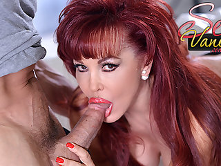 Mommy redhead Saucy Vanessa loves his big dig up