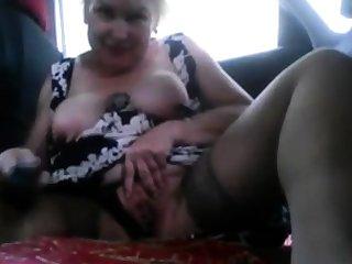 Slut upon the car
