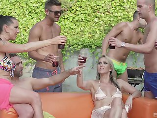 Texas Patti and Lana Vegas enjoy orgy by the pool with their friends
