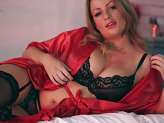Ardent Penny Lee looks more than stunning in her lacy lingerie