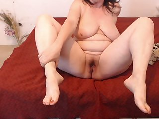 Beautiful Unconscious of Mom Shows Her Gradual Pussy , Victorian Ass , Big Titties & Sexy Feet