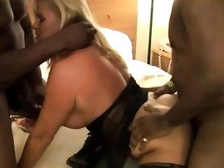Hot MILF in Stockings Enjoys an Tryst Gangbang