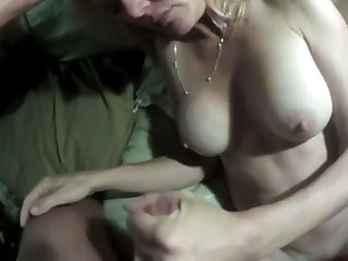 This mature whore looks good be advantageous to the brush age and she makes a good fuck the brush goal