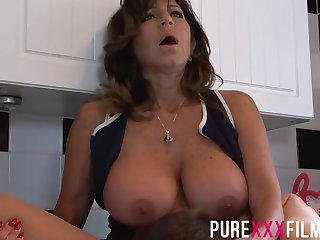 Busty housewife, Tara Blow-out was colic while getting the brush trimmed pussy licked in the scullery