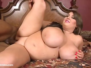 Molly Howard is a heavy slut with big tits, who likes sex with black guys